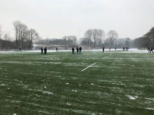 HRC 1 maakt kunstgras sneeuwvrij