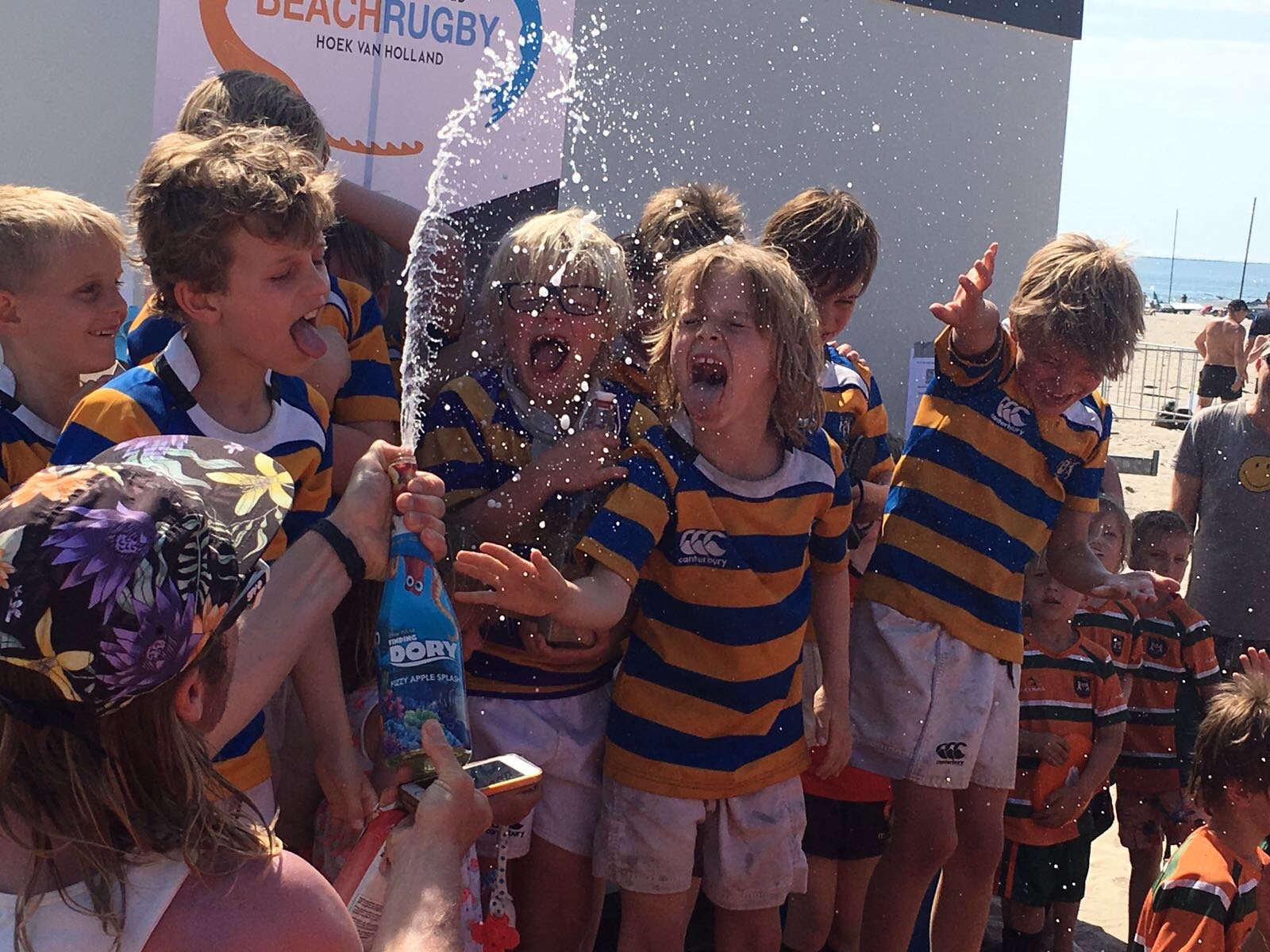 turven HRC winnen beachrugby Hookers
